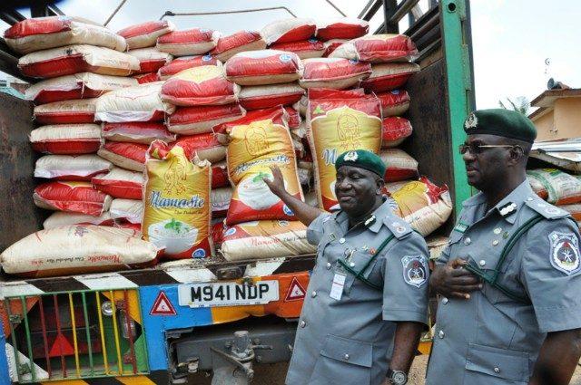 Nigerian Customs raids Mubi market, seize foreign rice
