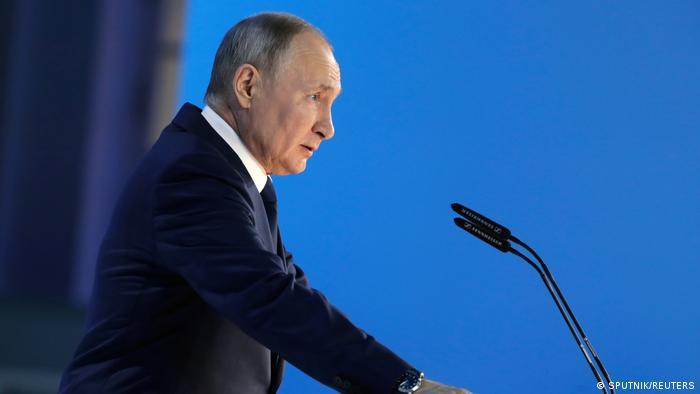 Putin accuses Britain, U.S.of 'provocation' in BlackSea