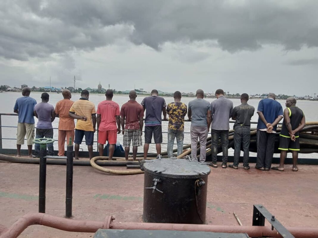 Twenty- five suspected oil thieves handed over to the Port Harcourt Zonal Command of the Economic and Financial Crimes Commission, EFCC, by the Nigerian Navy, Forward Operating Base, Bonny Island, Rivers State, are being quizzed for their alleged involvement in illegal oil bunkering.